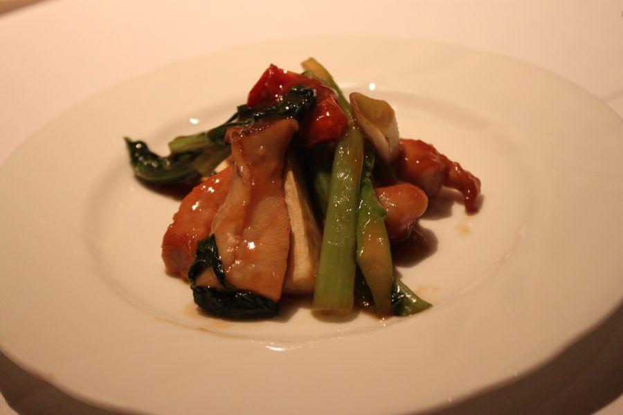 豚肉と季節の野菜の紹興酒炒め